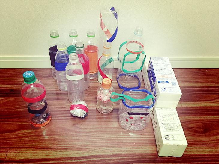 ペットボトルで作った赤ちゃん用の玩具