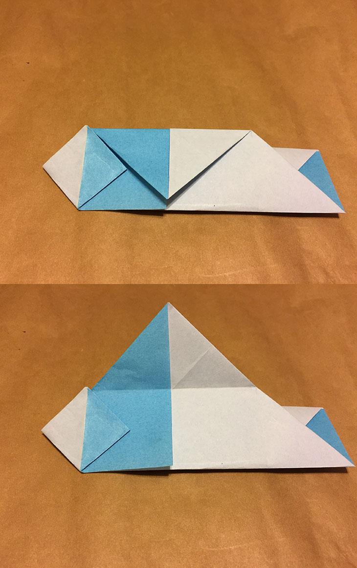 さらに上の三角部分を折って折り目をつけた折り紙の写真
