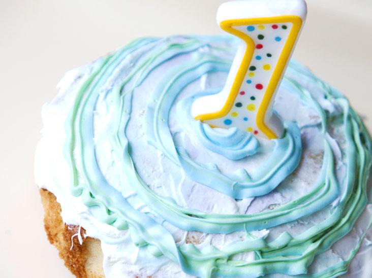 満1歳の誕生日のケーキ
