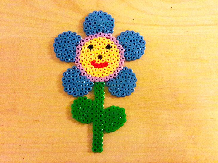 アイロンビーズの花