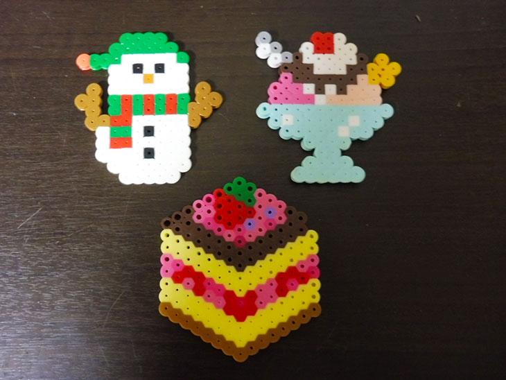 アイロンビーズの雪だるま・パフェ・ケーキ