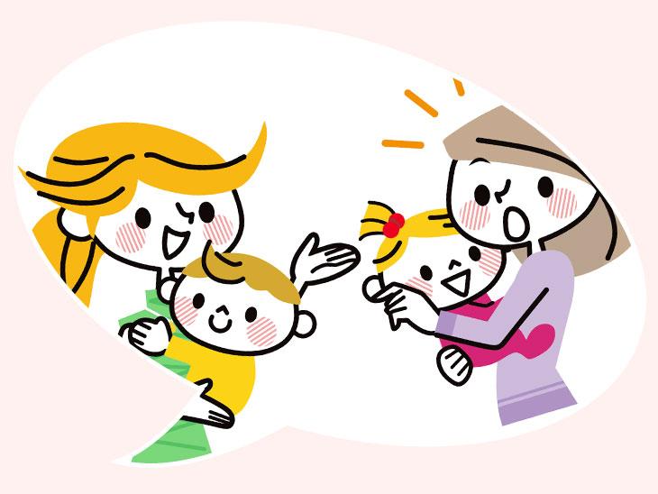 赤ちゃんを抱っこしながら話をしてるママ友のイラスト