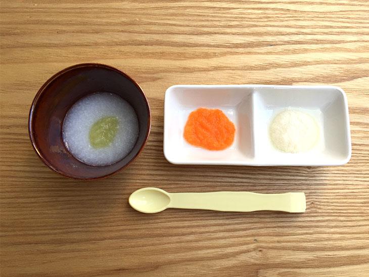 キャベツ粥、人参、豆腐