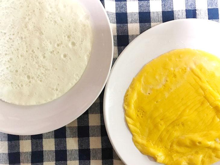 焼いた卵の白身と黄身