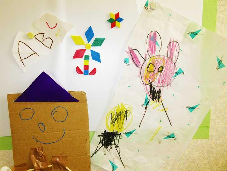 子供が書いた絵と作った工作