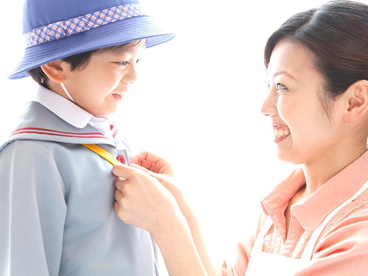園児と母親
