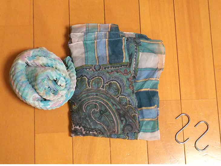 スカーフで作るぬいぐるみハンモックの材料