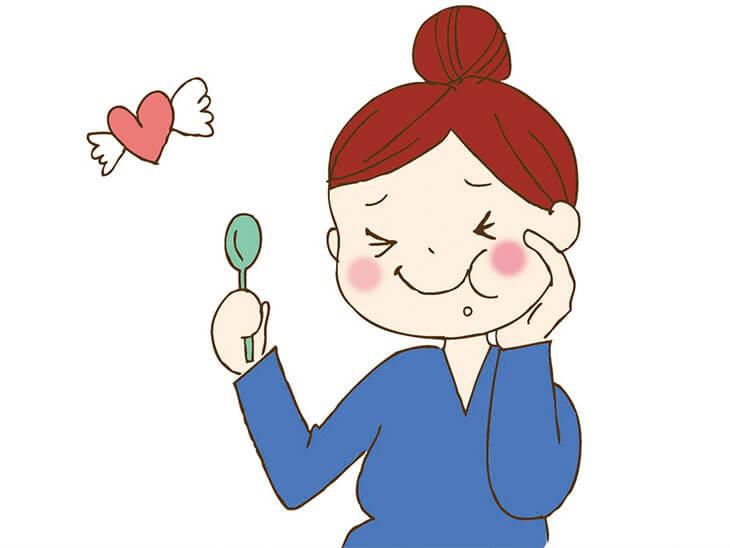 美味しいものを食べる妊婦