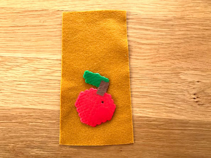 りんごモチーフ