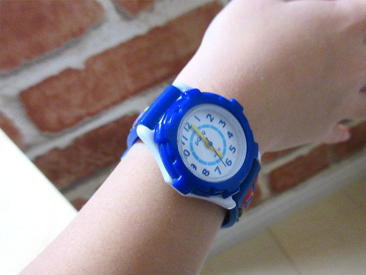 子供用の腕時計