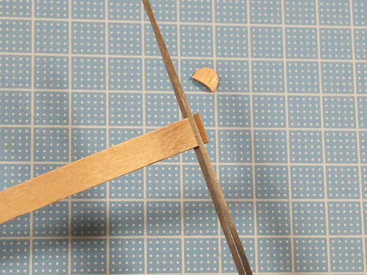 切り方を失敗して割れたアイス棒