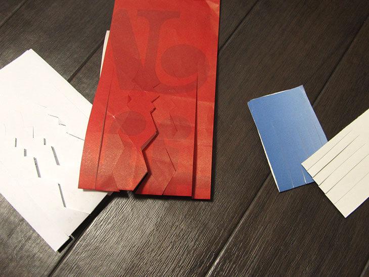 幾何学模様のユールターヤになるように切った紙