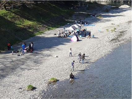 釜の淵公園にある川