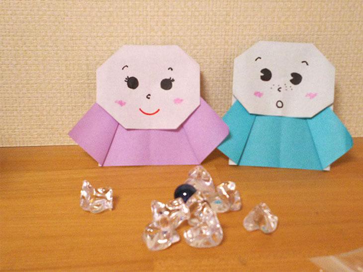 折り紙で作ったてるてる坊主