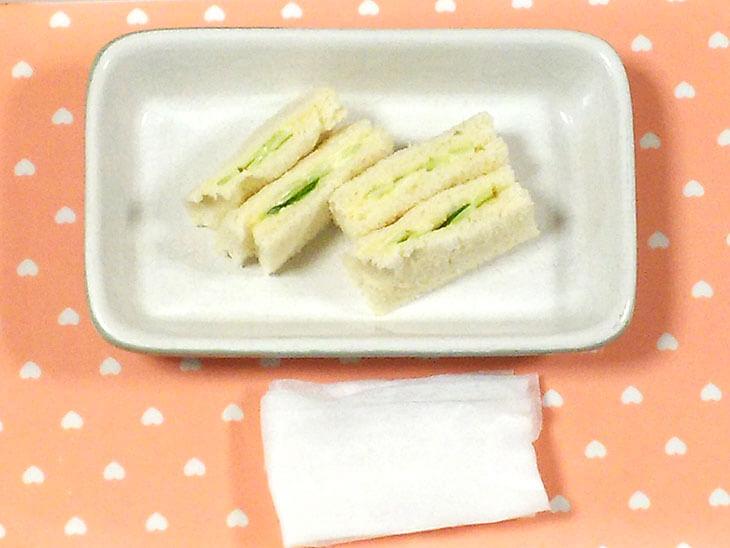 きゅうりのヨーグルトサンドイッチの写真