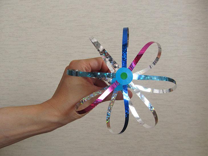 割れないシャボン玉おもちゃの大きな花の技