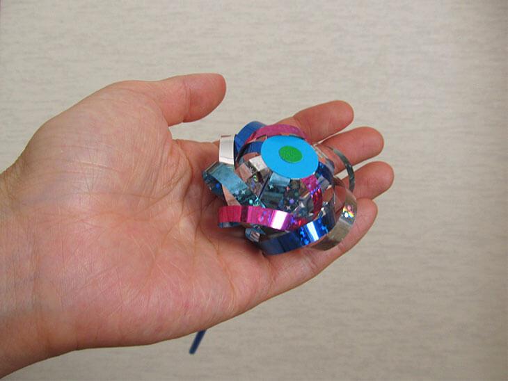 割れないシャボン玉おもちゃの小さな花の技