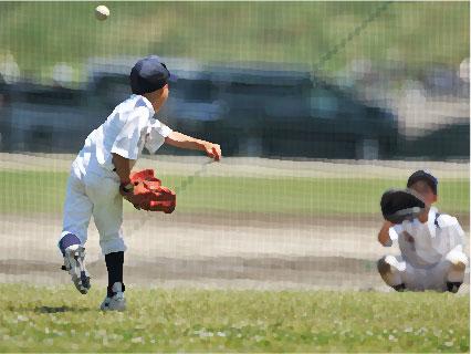 野球ボールを投げる男の子