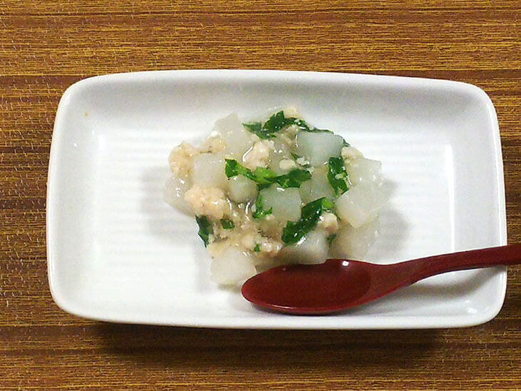 離乳食後期のかぶレシピ「かぶのそぼろ煮」の完成品