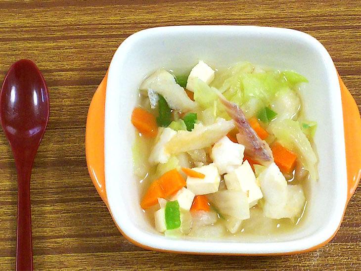 離乳食レシピ「白身魚と豆腐のスープ」の完成品