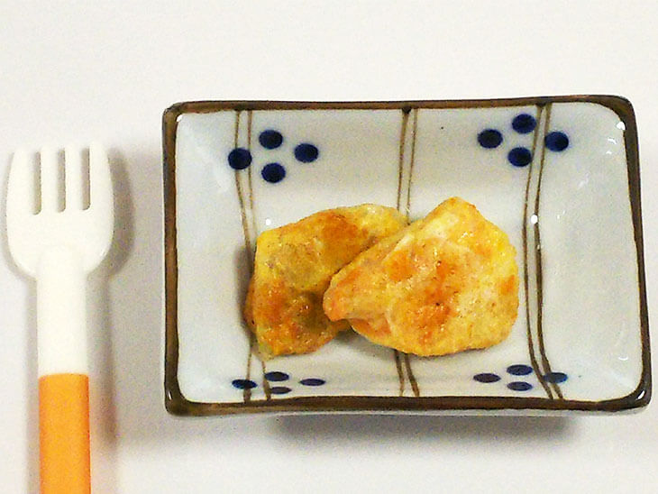 離乳食レシピ「白身魚のピカタ」の完成品