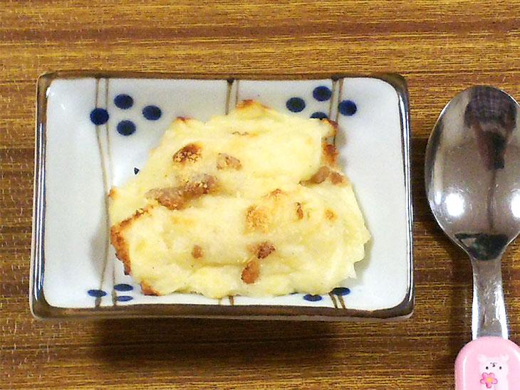離乳食レシピ「パン・オ・グラタン風」の完成品