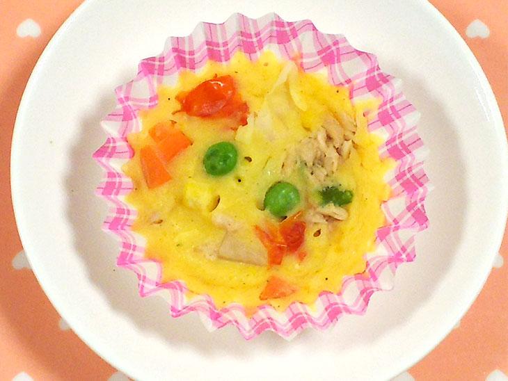 離乳食完了期のツナ缶レシピ「ツナのケークサレ風レンジ蒸し」の完成品