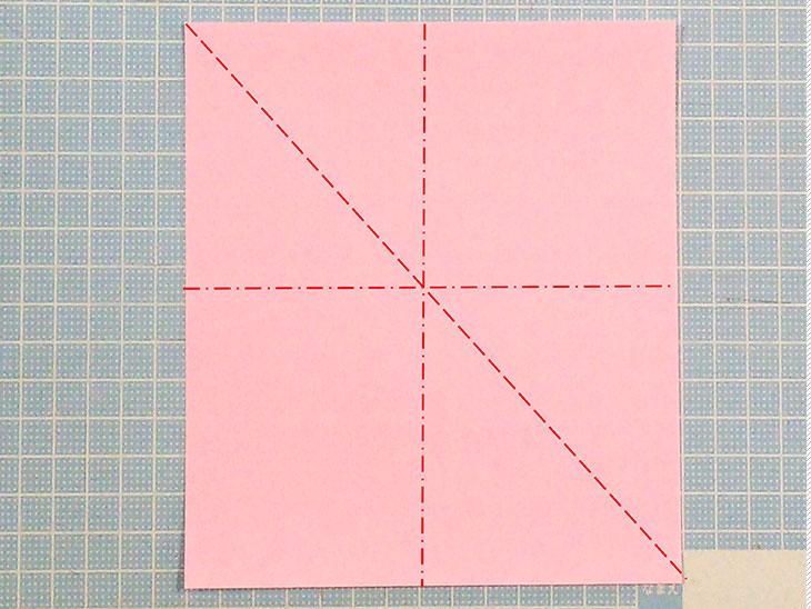 折り紙の開いた平面カーネーションの折り方の工程1-1