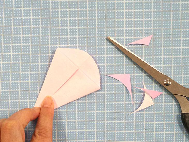 折り紙の開いた平面カーネーションの折り方の工程3-1