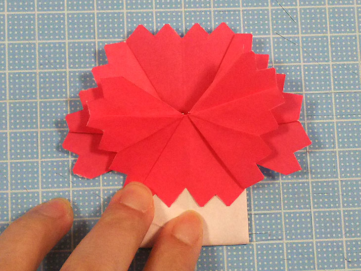 折り紙の八重の茎付き平面カーネーションの折り方の工程5-2