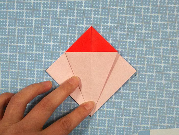 折り紙の本格的な立体カーネーションの工程2