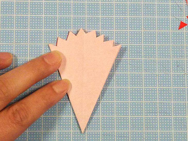 折り紙の本格的な立体カーネーションの工程3-2