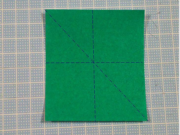 折り紙の本格的な立体カーネーションの工程6-1