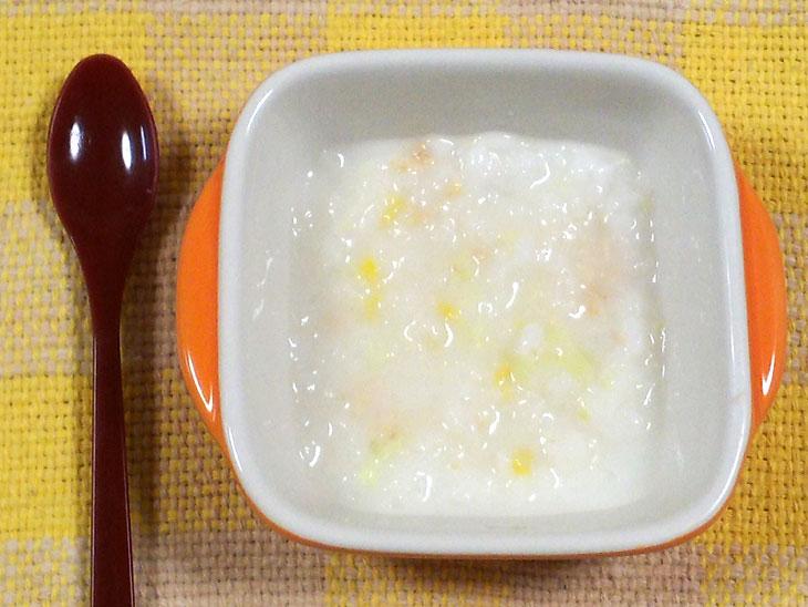 離乳食後期のツナ缶レシピ「キャベツとツナのミルクリゾット」の完成品