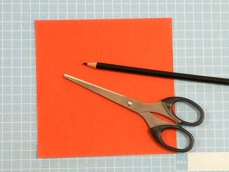 折り紙で作る桜の切り絵モチーフの材料