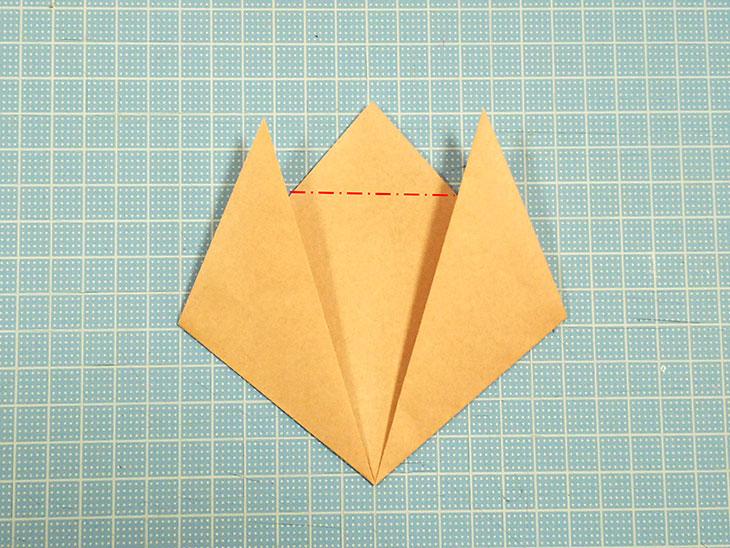 一番簡単な折り紙の猫の顔の折り方の手順3