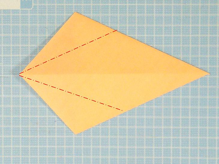 折り紙1枚の全身猫の折り方の手順2