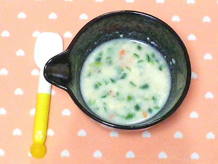 離乳食後期レシピ「アスパラガス入り春シチュー」の完成品