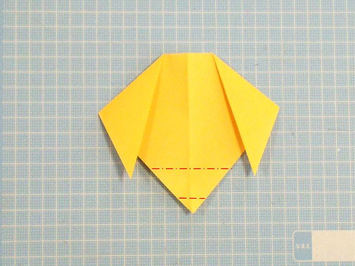 折り紙の犬の超かんたんな折り方工程3
