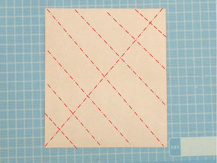 折り紙一枚作るおすまし犬の折り方の工程1