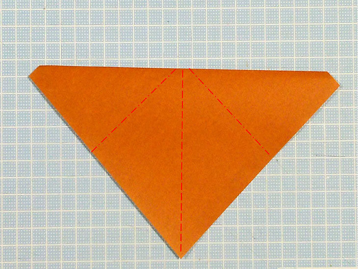 折り紙一枚で作るリアルな柴犬の折り方の工程1