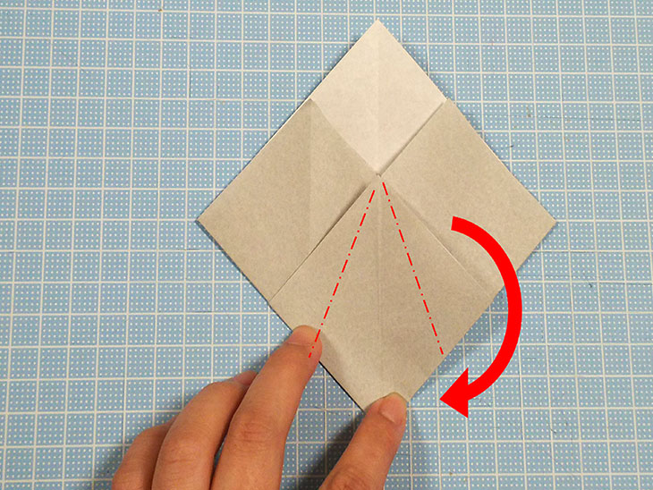 折り紙一枚で作る全身犬の立体ドーベルマンの折り方の工程3