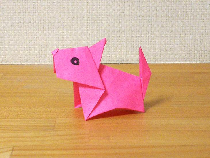 折り紙一枚で作る折り方で完成した立体の全身テリア