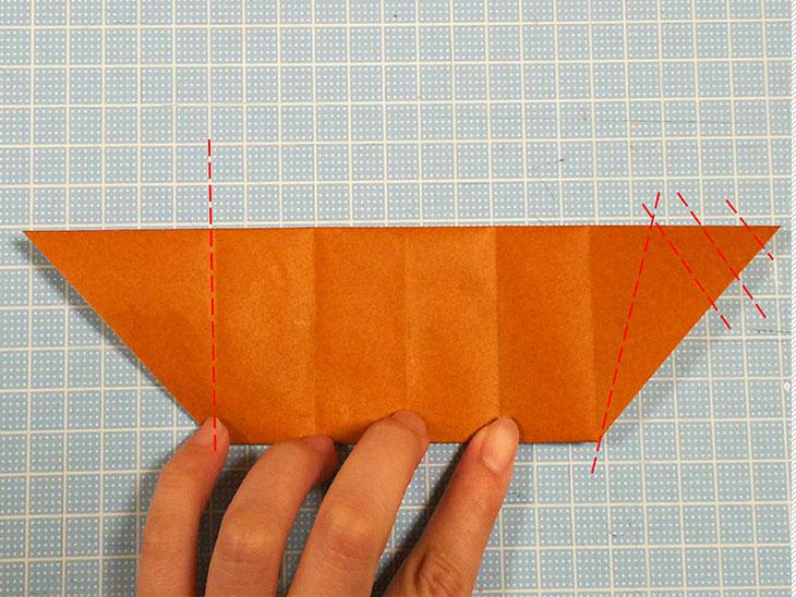 折り紙一枚で作る動くダックスフンドの折り方の工程3