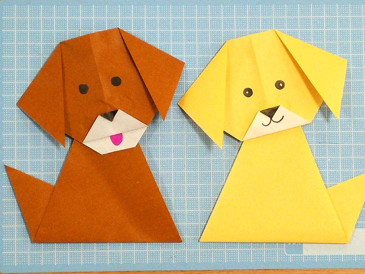 超簡単な折り方で完成した2匹の折り紙の犬