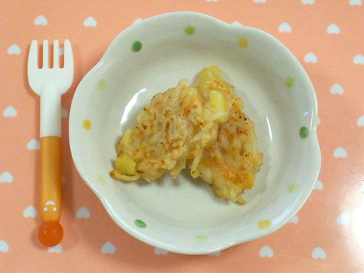 離乳食後期レシピ「きなこ風味のそうめんおやき」の完成品