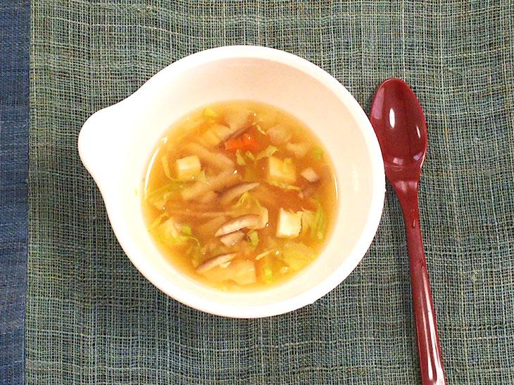 離乳食完了期レシピ「まいたけの味噌汁」の完成品