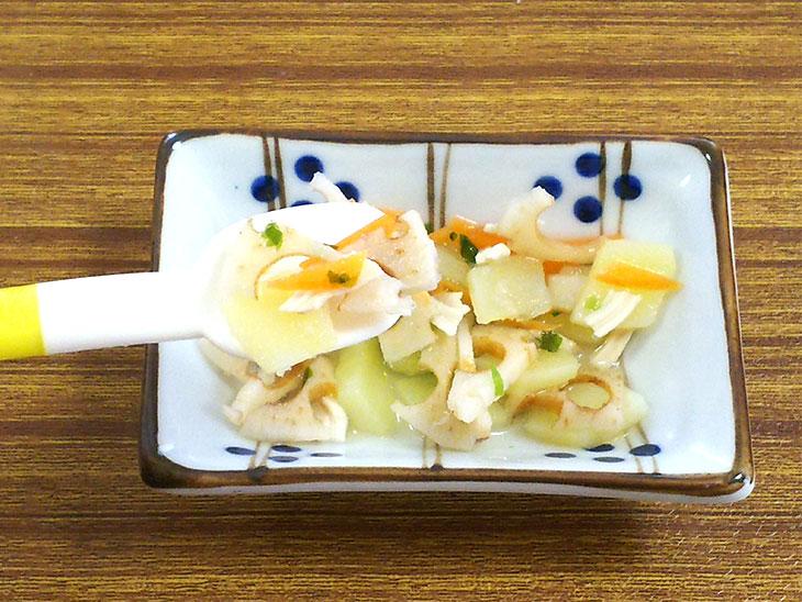 離乳食完了期レシピ「レンコンとじゃがいものキンピラ」の完成品