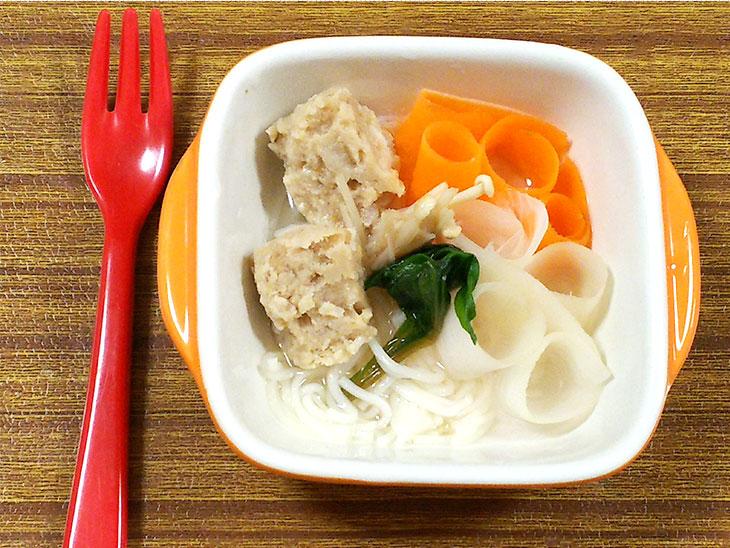 離乳食完了期の大根おすすめレシピ「ピーラー大根入りの肉団子スープ」の完成品