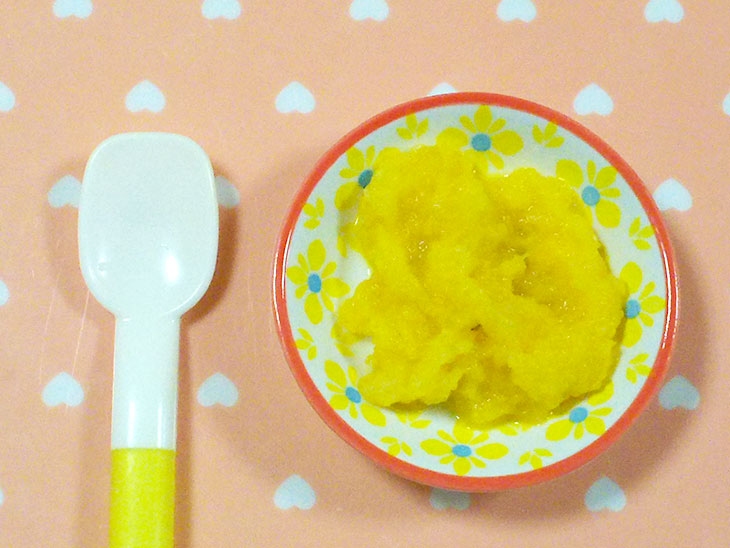離乳食初期のおすすめ大根レシピ「すりおろし大根とかぼちゃペースト」の完成品